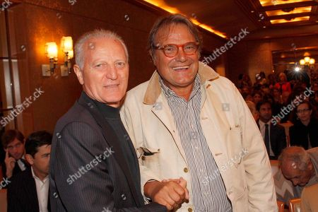 Santo Versace and Oliviero Toscani at the awards ceremony