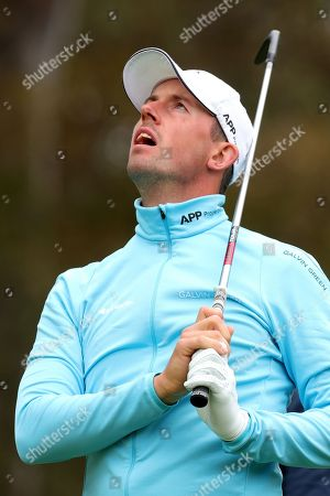 Alexander Bjork of Sweden shows his frustration with his tee shot on the second hole during the World Cup of Golf Tournament at The Metropolitan Golf Club in Melbourne, Australia, 24 November, 2018.