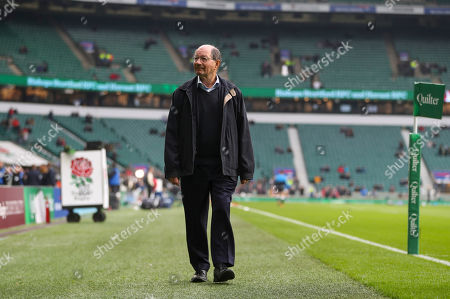BBC Radio Rugby commentator Ian Robertson before his last commentary match