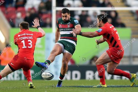 Gareth Owen of Leicester Tigers puts boot to ball
