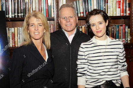 Rory Kennedy (Director Above And Beyond), David Zaslav (CEO Discovery), Claire Foy