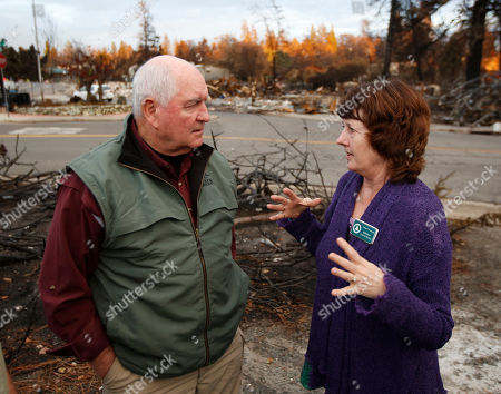 Sonny Perdue, Jodie Jones. Jodie Jones, the mayor of fire ravaged Paradise, Calif., discusses the fire that destroyed her community with Agriculture Secretary Sonny Perdue, . Perdue and Interior Secretary Ryan Zinke, toured the town destroyed by a wildfire that took the lives of more than 80 people and discussed the need for more aggressive forest management policies to mitigate damage from future wildfires