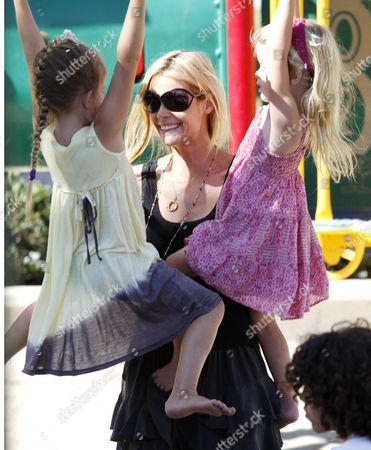Denise Richards with daughters, Sam J Sheen-Estevez and Lola Rose Sheen-Estevez (r)