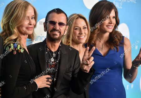 Stock Photo of Barbara Bach, Ringo Starr, Sheryl Crow and Desiree Gruber