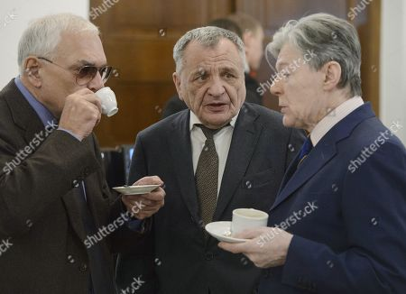 Stock Image of Film director, general director of the Mosfilm cinema concern Karen Shakhnazarov; Rudolf Furmanov, artistic director of the Andrei Mironov's St. Petersburg Theater and actor Alexander Zbruev before the ceremony