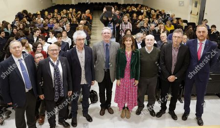 French chemistry researcher and 2016 Chemistry Nobel laureate Jean-Pierre Sauvage (4-L) poses with authorities during the 'Stephen Hawking-Rosalia Abanca' award handout ceremony at the Rosalia de Castro Institute in Santiago de Compostela, Galicia, northern Spain, 27 November 2018.