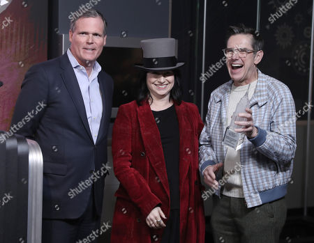 Editorial image of 'The Marvelous Mrs. Maisel' cast visit Empire State Building, New York, USA - 27 Nov 2018